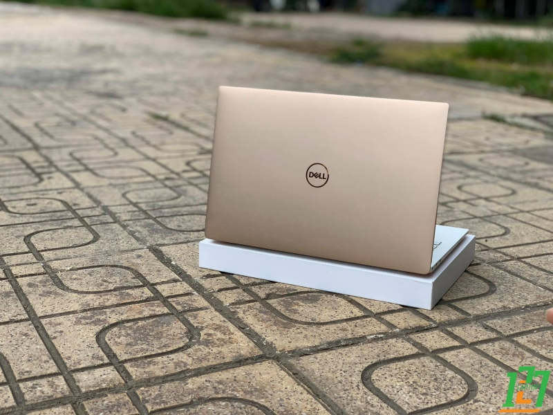 DELL XPS 9370 ROSE GOLD FULLBOX thumb